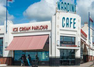 _media_64316_1561 331 Ayrshire, Largs, Nardini, Ice Cream, Exterior